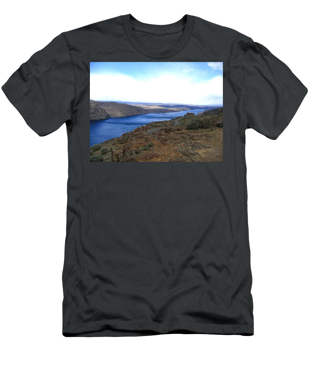Columbia River Men's T-Shirt (Athletic Fit) featuring the photograph Columbia River 2 by Will Borden