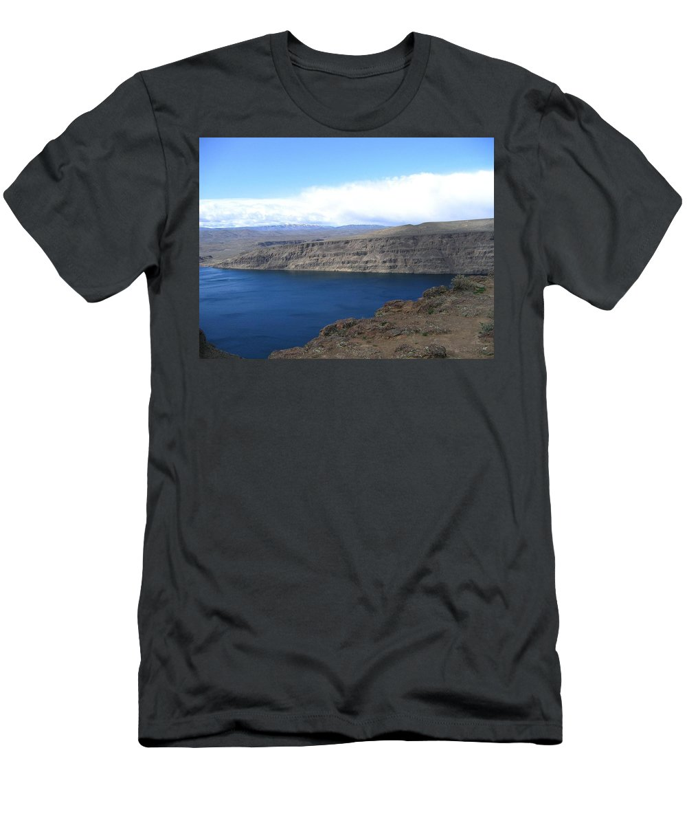 Columbia River Men's T-Shirt (Athletic Fit) featuring the photograph Columbia River by Will Borden