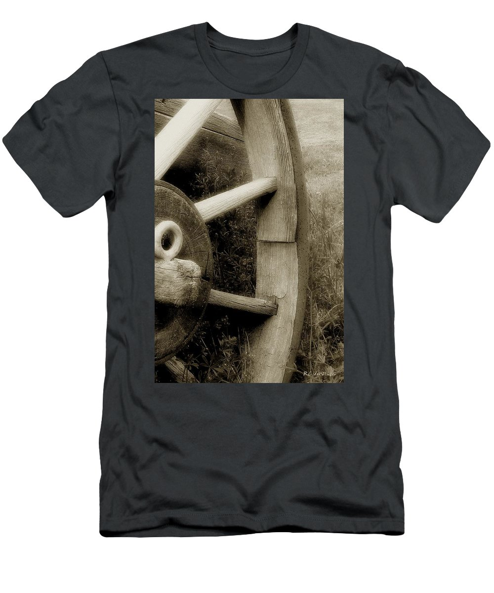 Antique Men's T-Shirt (Athletic Fit) featuring the photograph Coming Apart At The Seams by RC DeWinter