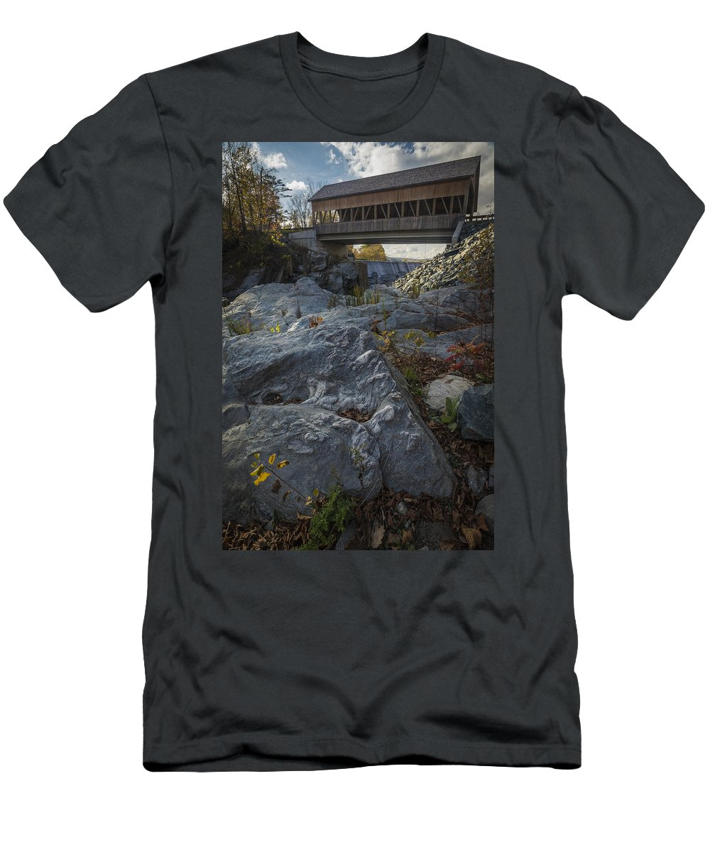 Bridge Men's T-Shirt (Athletic Fit) featuring the photograph Covered Bridge by David Hook
