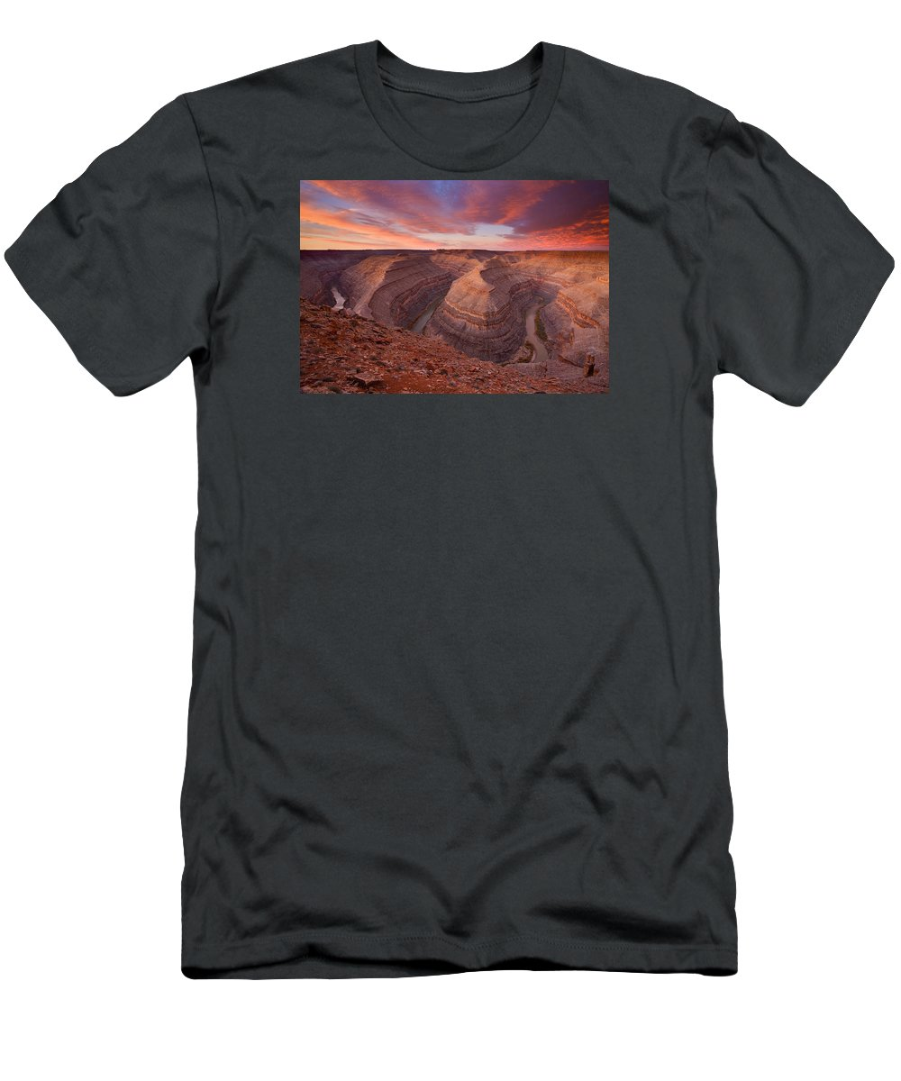 Canyon Men's T-Shirt (Athletic Fit) featuring the photograph Curves Ahead by Mike Dawson