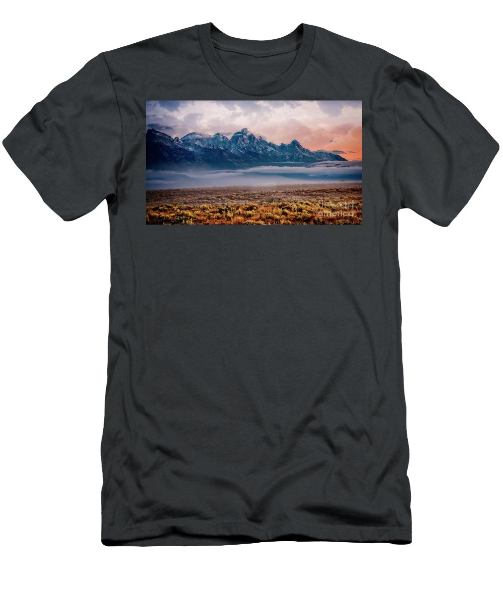 Grand Tetons Men's T-Shirt (Athletic Fit) featuring the photograph Daybreak by Scott Kemper