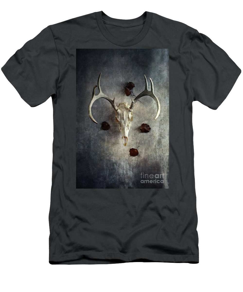 Deer Men's T-Shirt (Athletic Fit) featuring the photograph Deer Buck Skull With Fallen Leaves by Stephanie Frey
