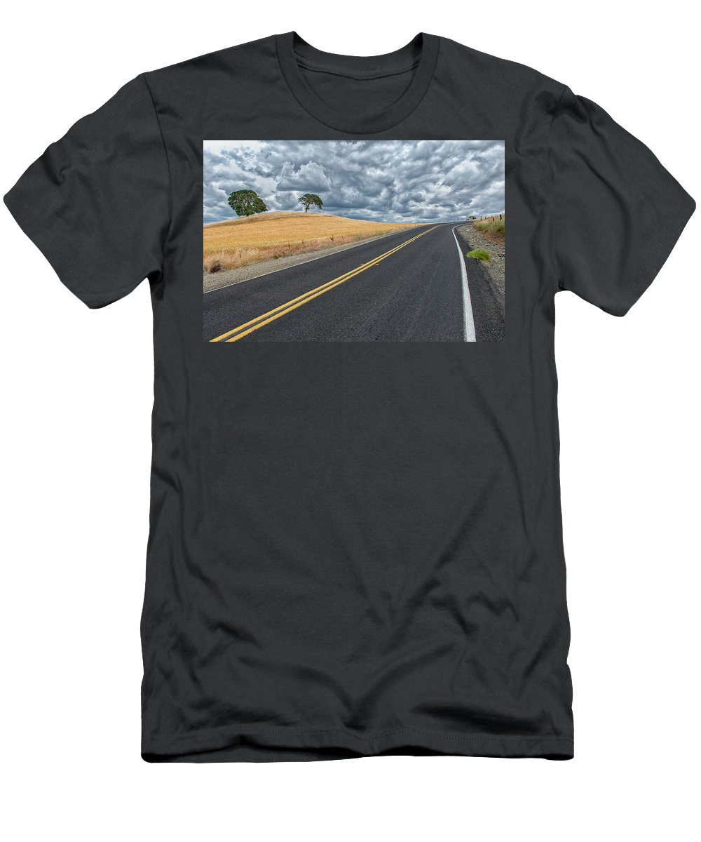 Brentwood Men's T-Shirt (Athletic Fit) featuring the photograph Deer Valley by Robin Mayoff