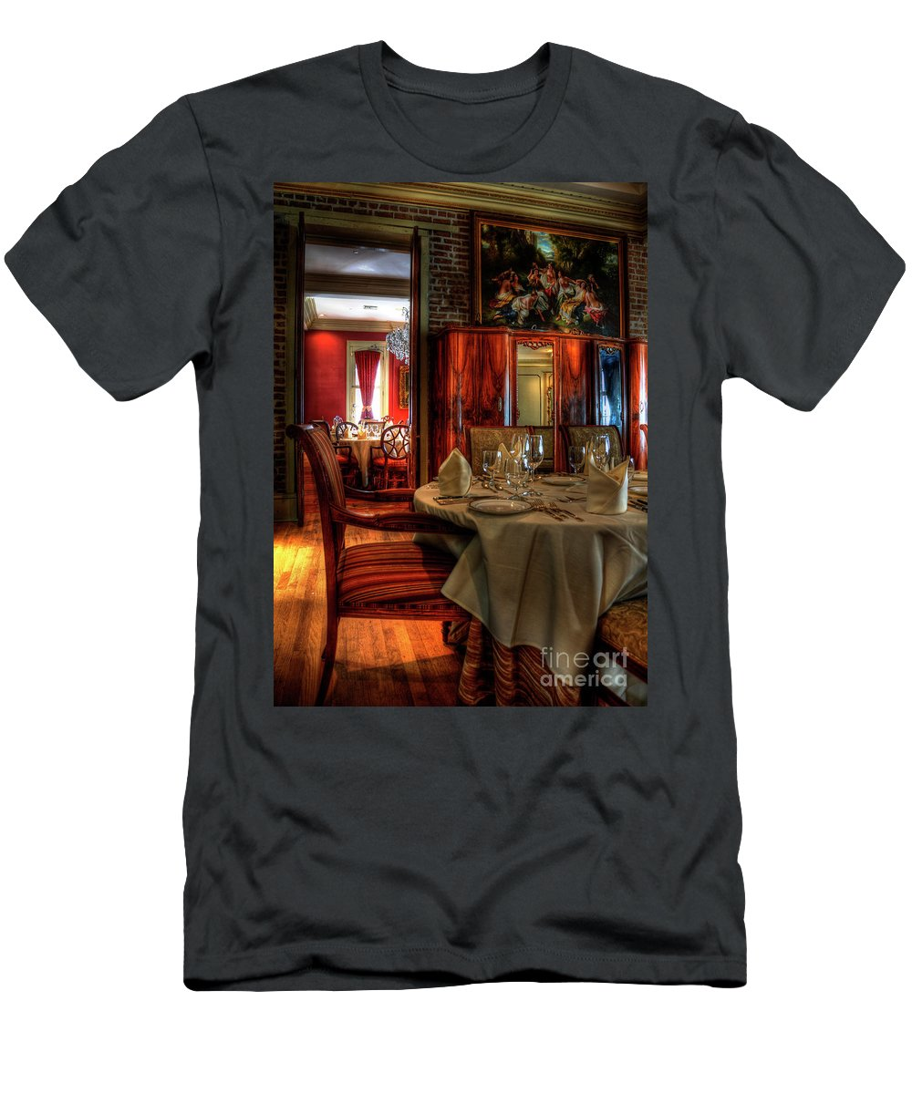 New Orleans Men's T-Shirt (Athletic Fit) featuring the photograph Dining At Muriel's by Kathleen K Parker