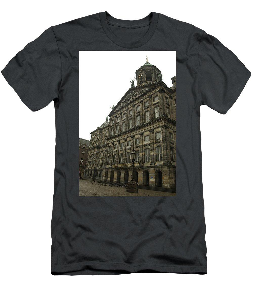 Landscape Men's T-Shirt (Athletic Fit) featuring the photograph Dnrh1107 by Henry Butz