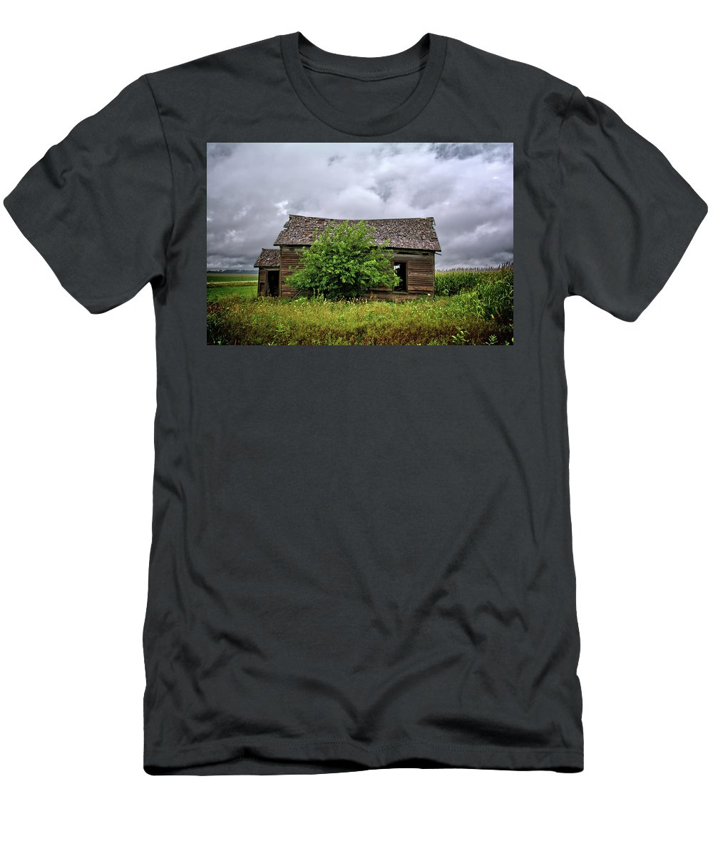 Storm Men's T-Shirt (Athletic Fit) featuring the photograph Dougherty Country by Bonfire Photography