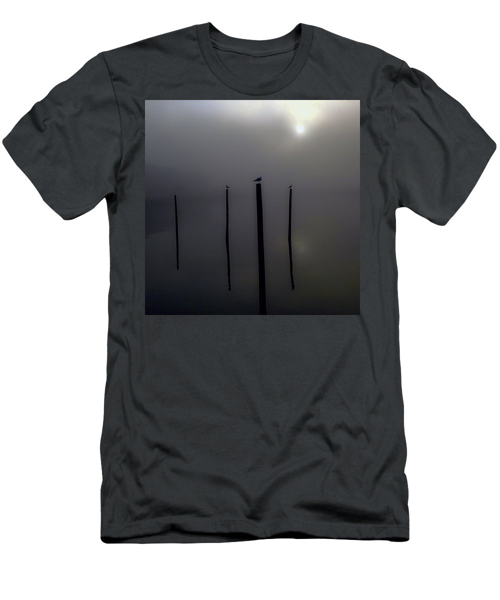 Brooklyn Men's T-Shirt (Athletic Fit) featuring the photograph Early Morning Perch by Jeff Watts