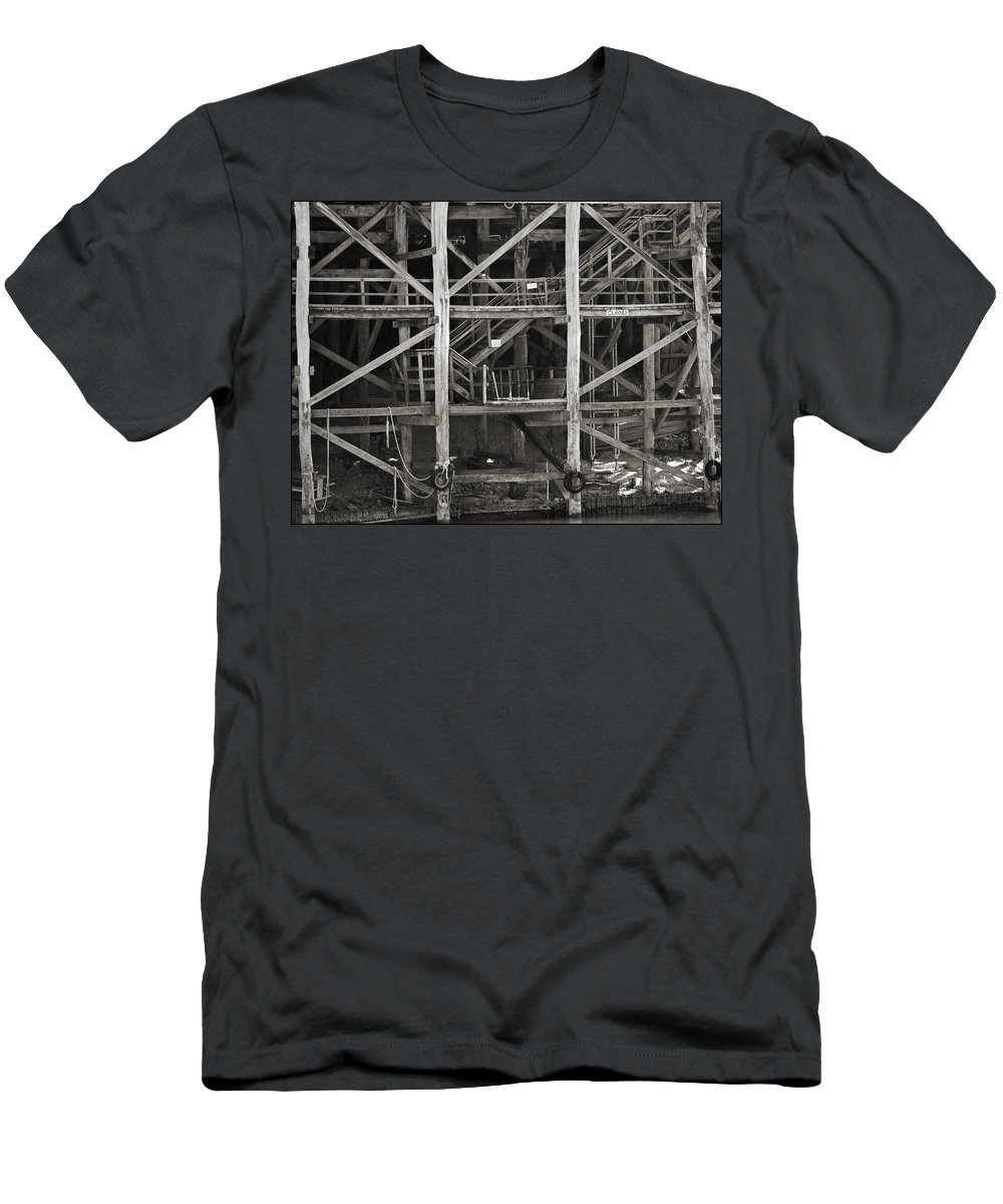 Wharf Men's T-Shirt (Athletic Fit) featuring the photograph Echuca Wharf by Kelly Jade King