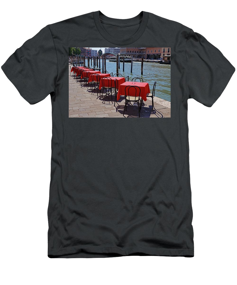 Tables Men's T-Shirt (Athletic Fit) featuring the photograph Empty Canal Side Tables Awaiting Hungry Customers In Venice, Italy by Richard Rosenshein