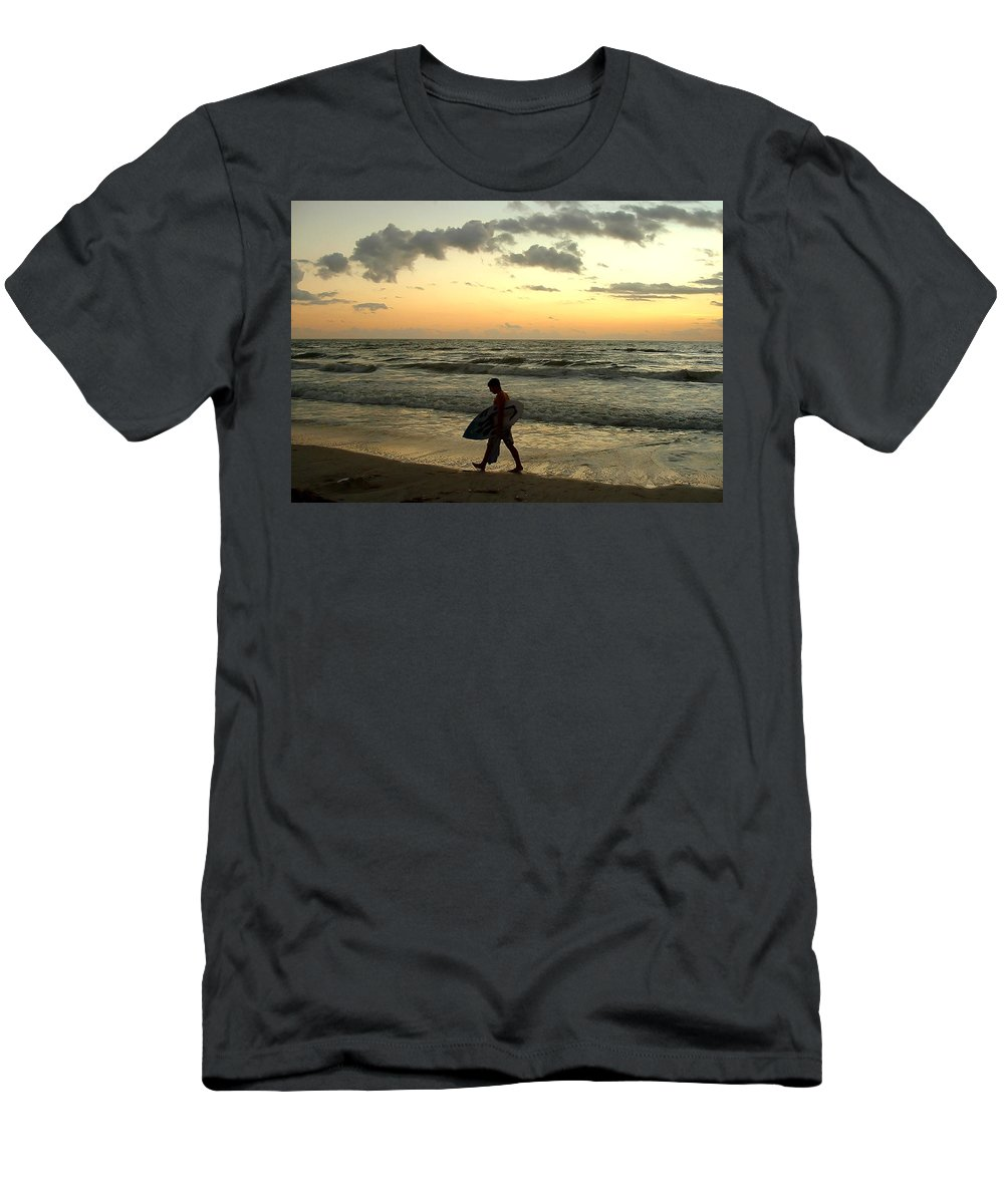 Beach Men's T-Shirt (Athletic Fit) featuring the photograph End Of Day by Peg Urban