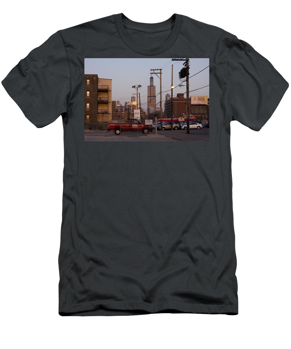 Chicago Car Windy City Tower Urban Tall High Building Skyscraper Men's T-Shirt (Athletic Fit) featuring the photograph Evening In Chicago by Andrei Shliakhau