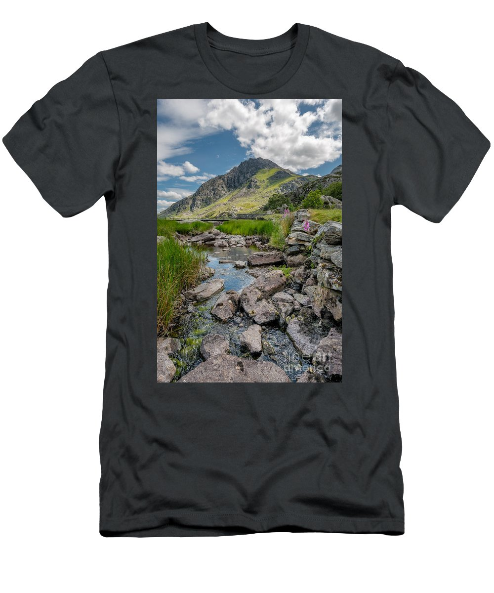 Snowdonia Men's T-Shirt (Athletic Fit) featuring the photograph Face Of Tryfan by Adrian Evans