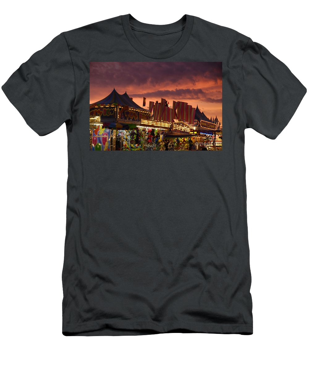 Fair Men's T-Shirt (Athletic Fit) featuring the photograph Fairsky by David Lee Thompson