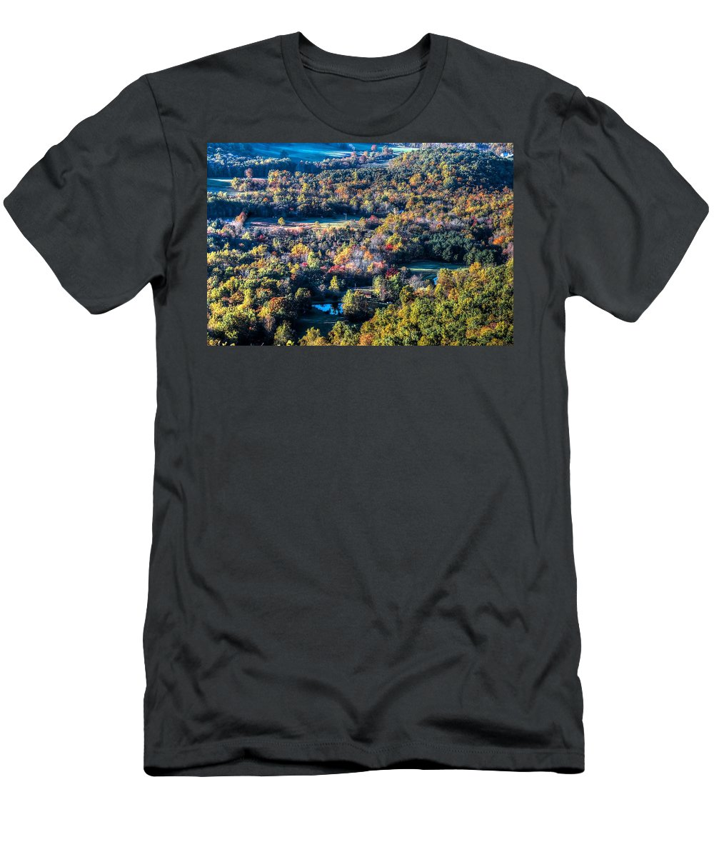 Autumn Men's T-Shirt (Athletic Fit) featuring the photograph Fall In Shenandoah Valley by Ronda Ryan
