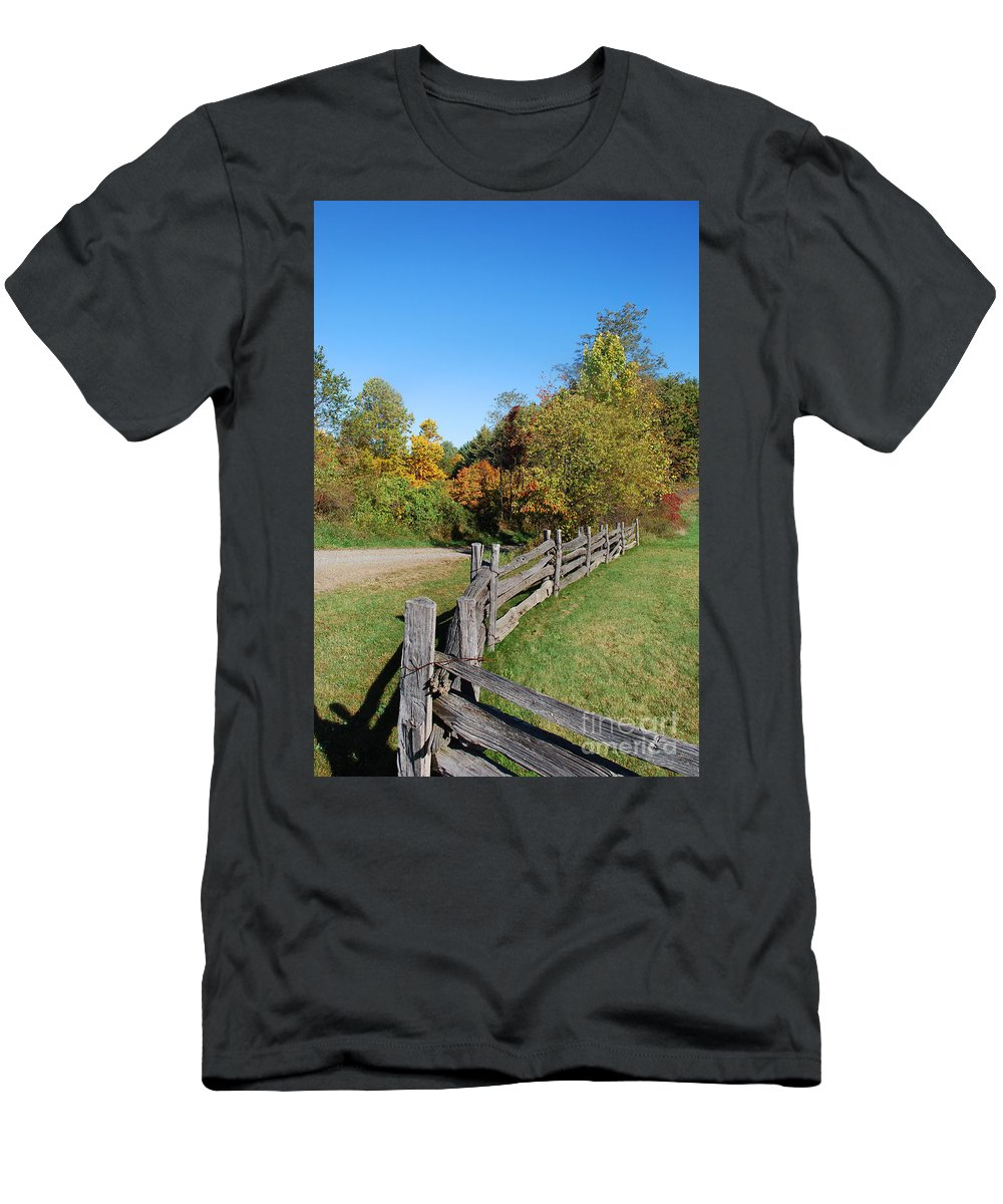 Scenic Tours Men's T-Shirt (Athletic Fit) featuring the photograph Fall On The Farm by Skip Willits