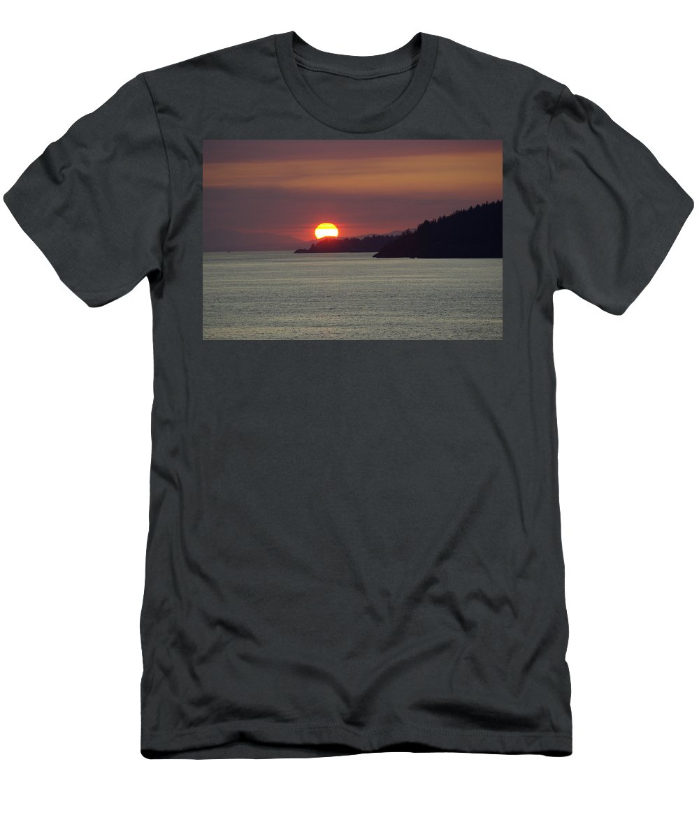 Sunset Men's T-Shirt (Athletic Fit) featuring the photograph Ferry Sunset by Cindy Johnston