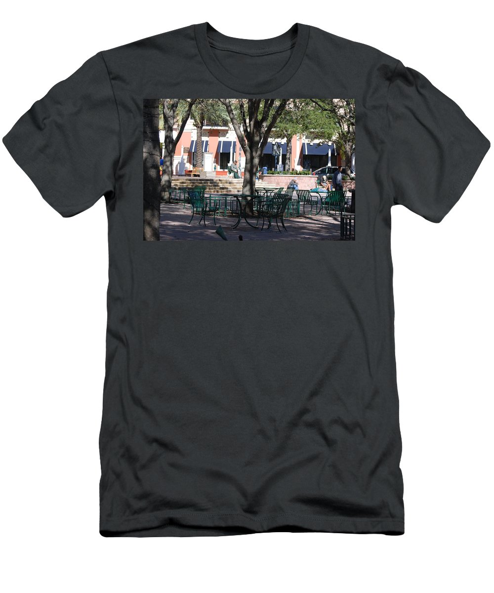 Park Men's T-Shirt (Athletic Fit) featuring the photograph Flagler Park by Rob Hans