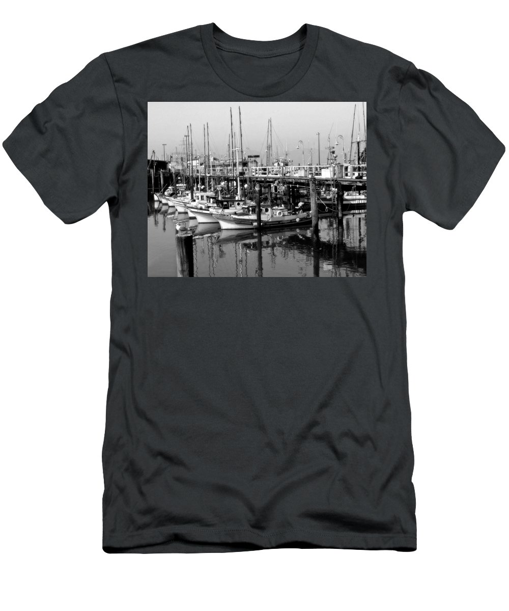 Boats Men's T-Shirt (Athletic Fit) featuring the photograph Foggy Boats by Tom Reynen