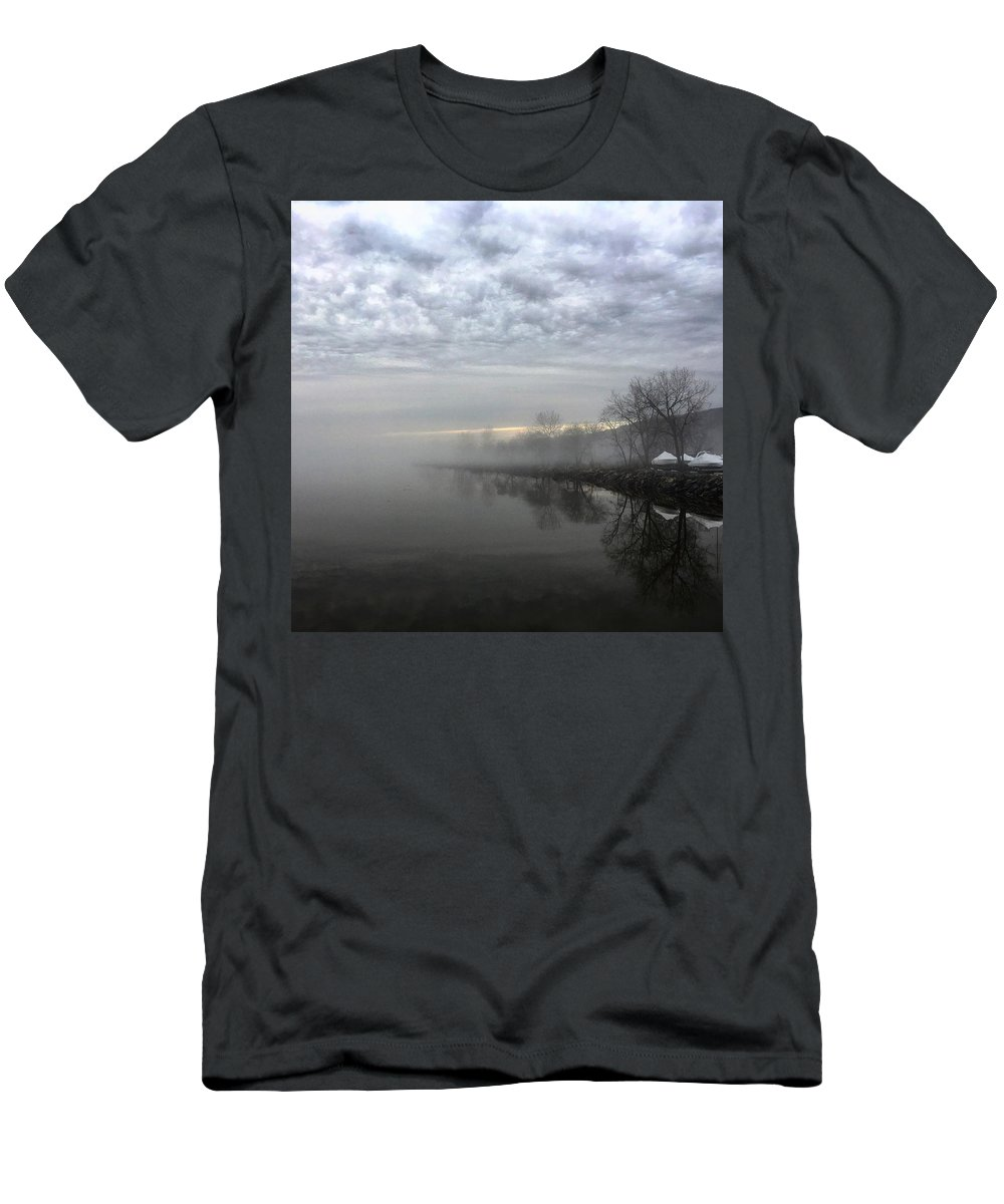 Foggy Men's T-Shirt (Athletic Fit) featuring the photograph Foggy Hudson River Shore by Kelly Schulze