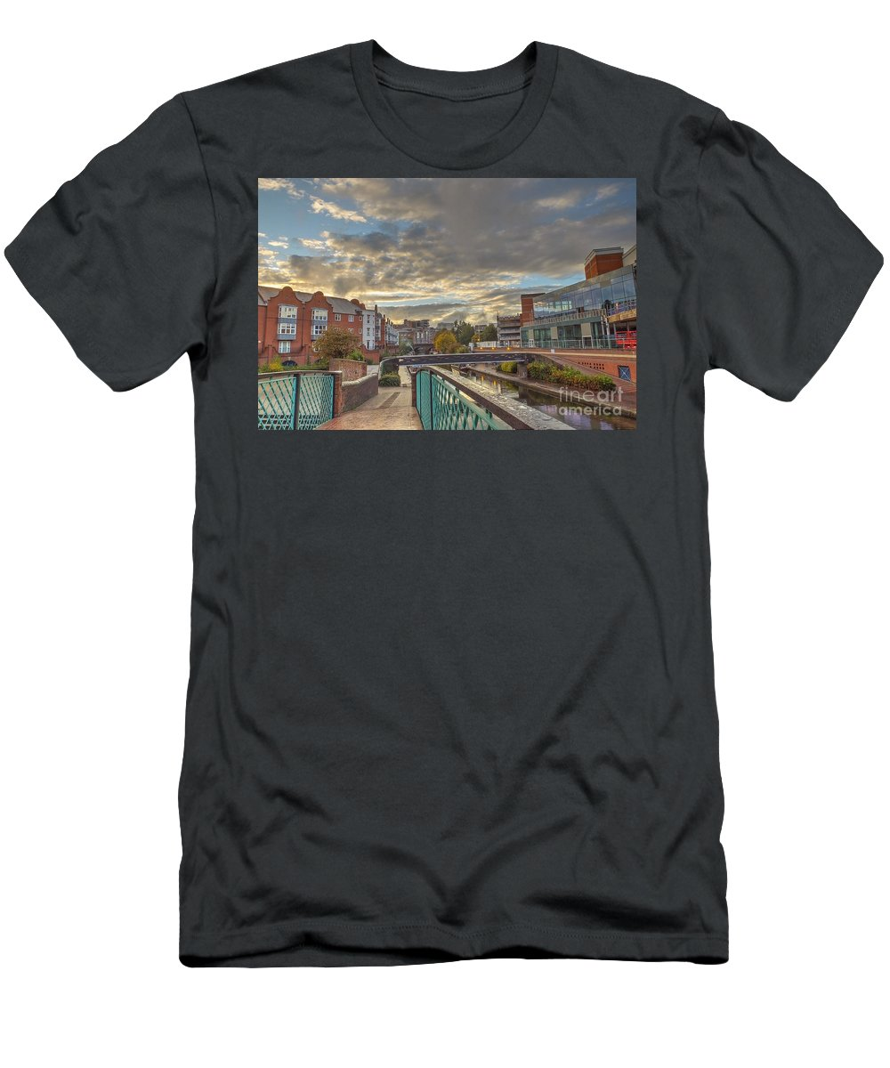 Foot Bridge Men's T-Shirt (Athletic Fit) featuring the photograph Foot Bridge At Gas Street Basin Birmingham by Catchavista
