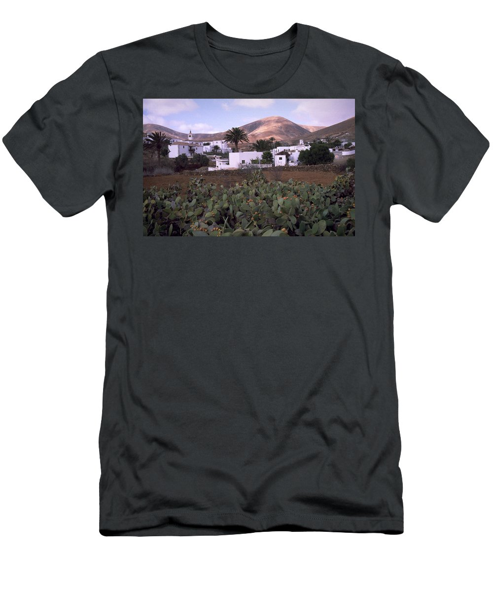 Fuerteventura Men's T-Shirt (Athletic Fit) featuring the photograph Fuerteventura Iv by Flavia Westerwelle