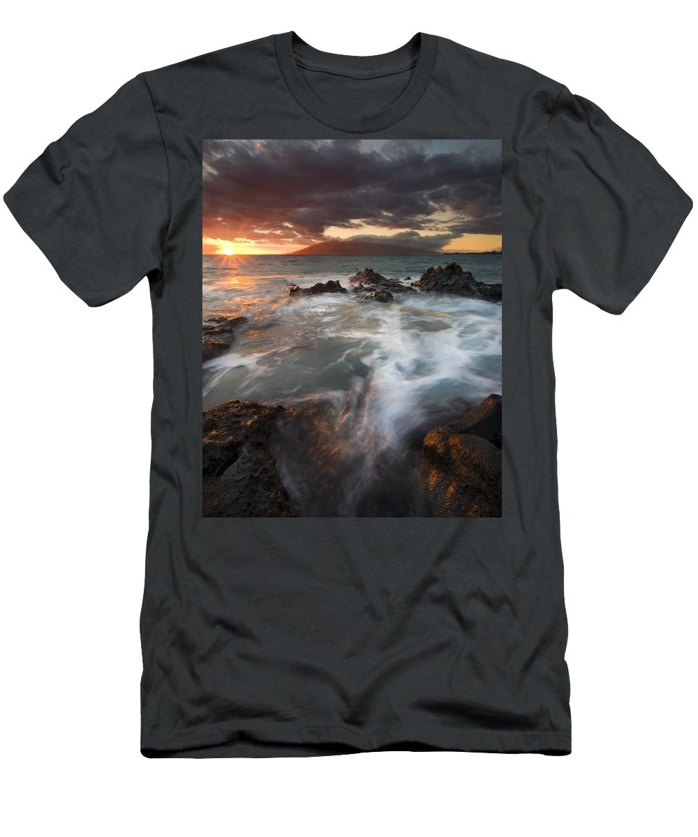 Cauldron Men's T-Shirt (Athletic Fit) featuring the photograph Full To The Brim by Mike Dawson