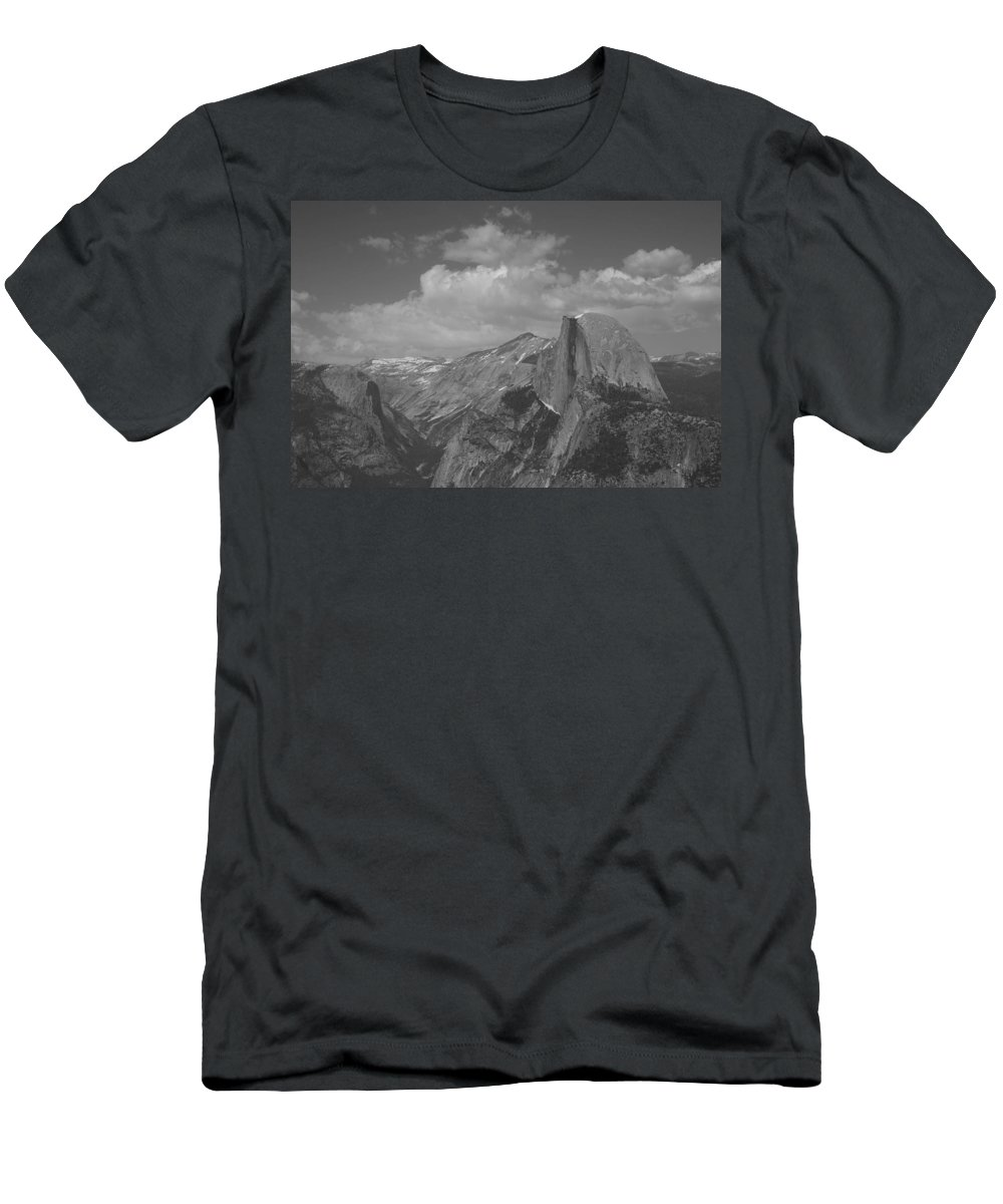 Half Dome Men's T-Shirt (Athletic Fit) featuring the photograph Glacier Point by Travis Day