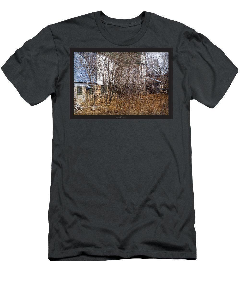 Barn Men's T-Shirt (Athletic Fit) featuring the photograph Glass Block by Tim Nyberg