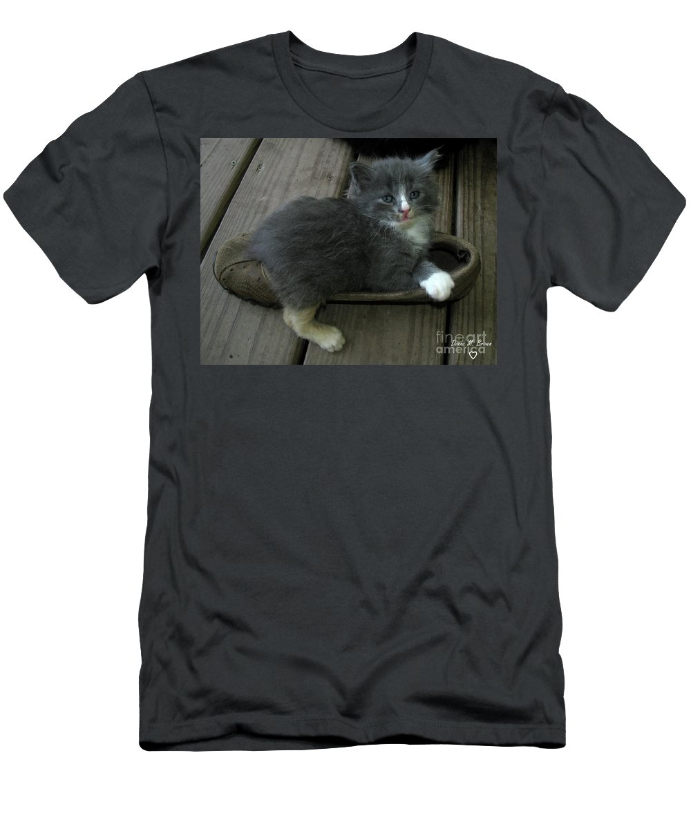Animal Men's T-Shirt (Athletic Fit) featuring the photograph Going Nowhere by Donna Brown