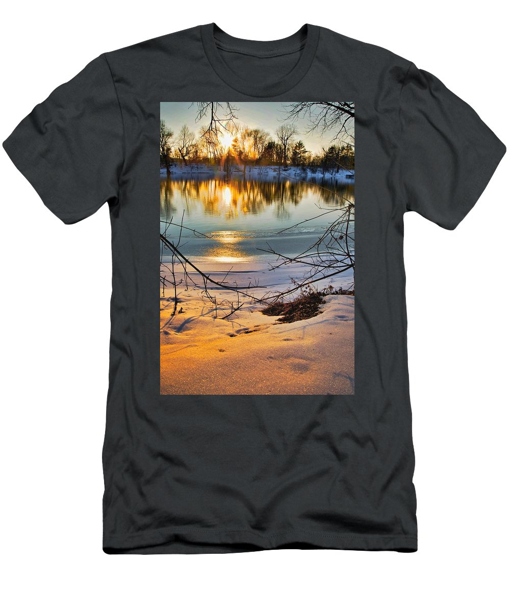 Snow Men's T-Shirt (Athletic Fit) featuring the photograph Golden Snow by Robert Pearson