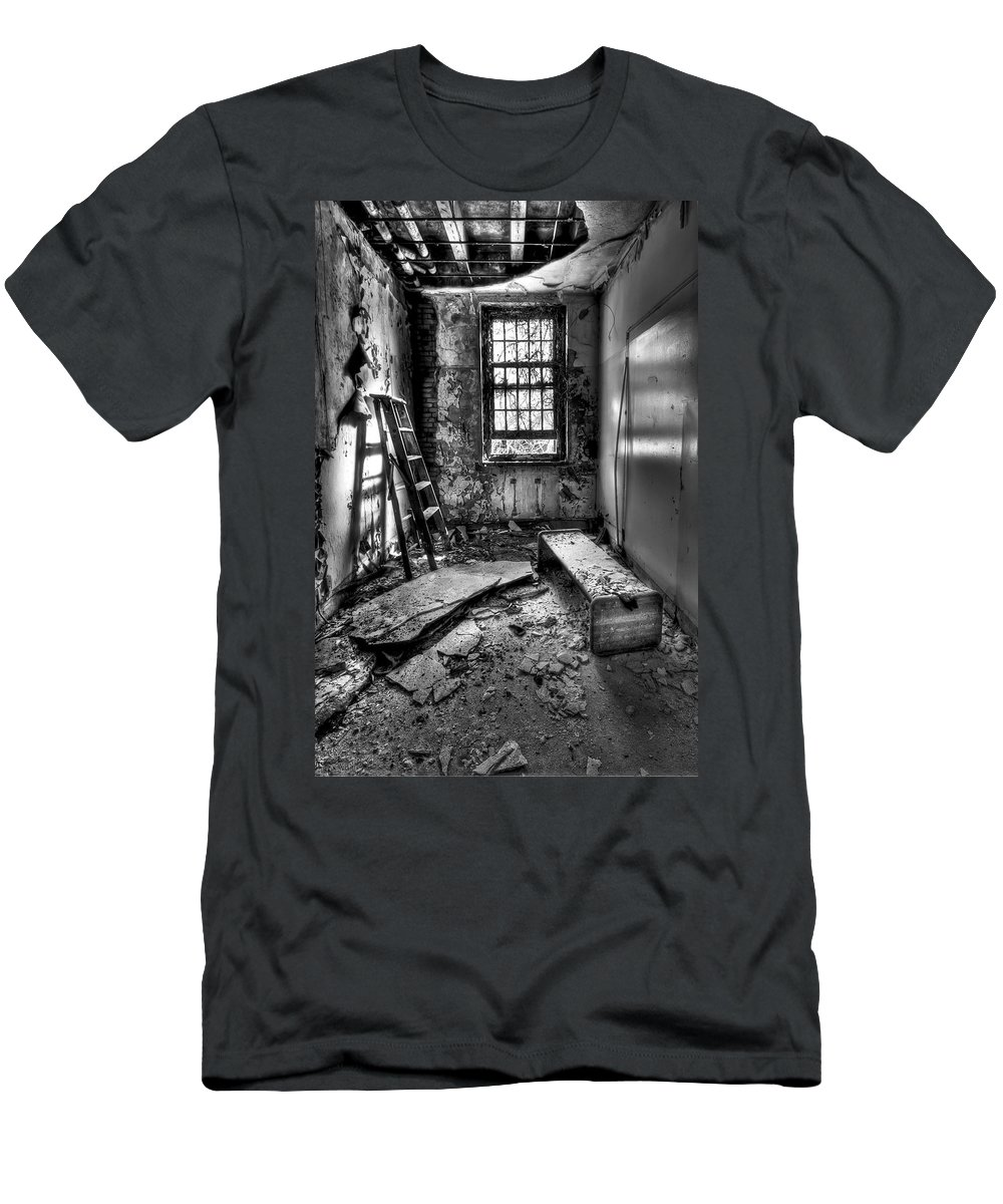 Ladder Men's T-Shirt (Athletic Fit) featuring the photograph Hammer To Fall by Evelina Kremsdorf