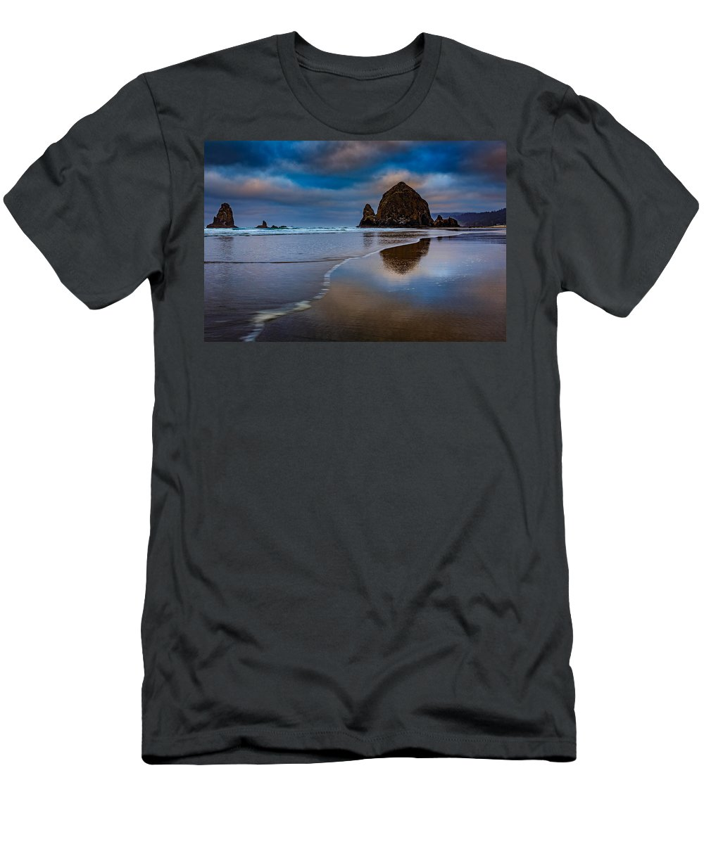 Haystack Rock Men's T-Shirt (Athletic Fit) featuring the photograph Haystack Dawn by Rick Berk