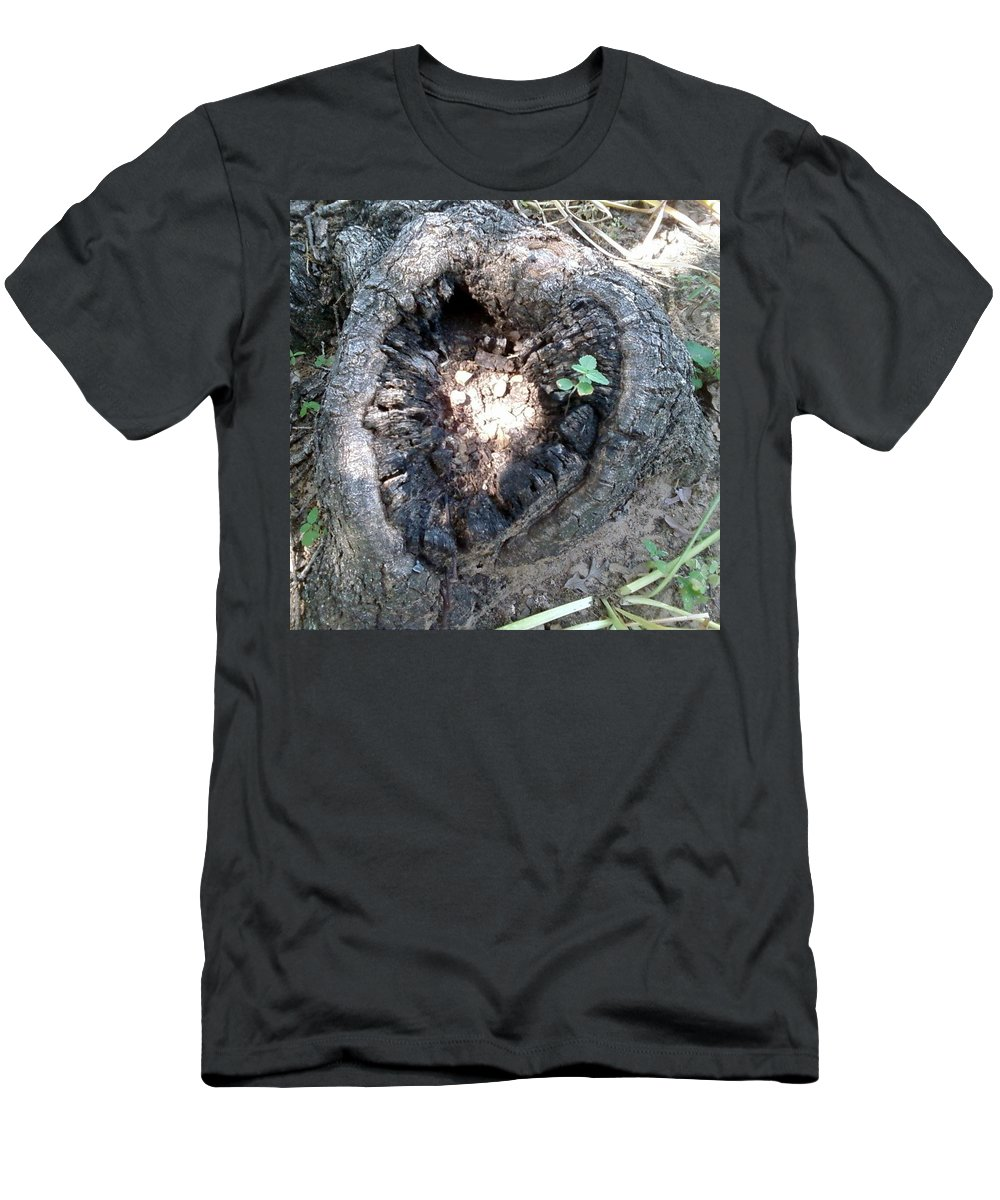 Men's T-Shirt (Athletic Fit) featuring the photograph Heart Of A Tree by Cindy New
