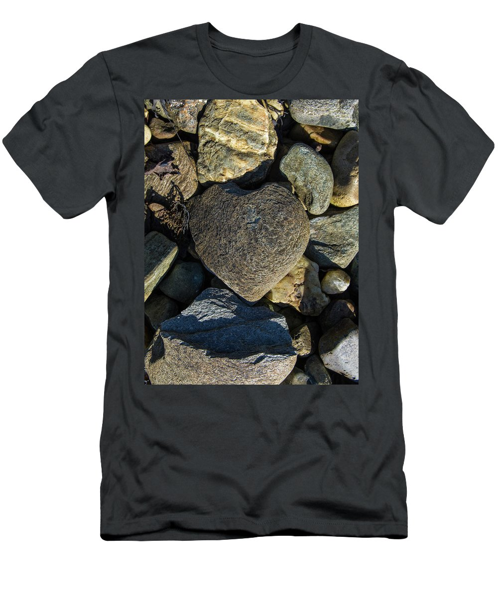 Loch Fyne Men's T-Shirt (Athletic Fit) featuring the photograph Heart Shaped Stone Loch Fyne by Gary Eason