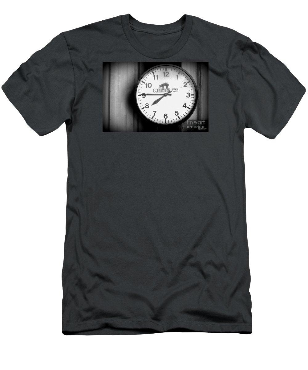 Hog Slat Time Men's T-Shirt (Athletic Fit)