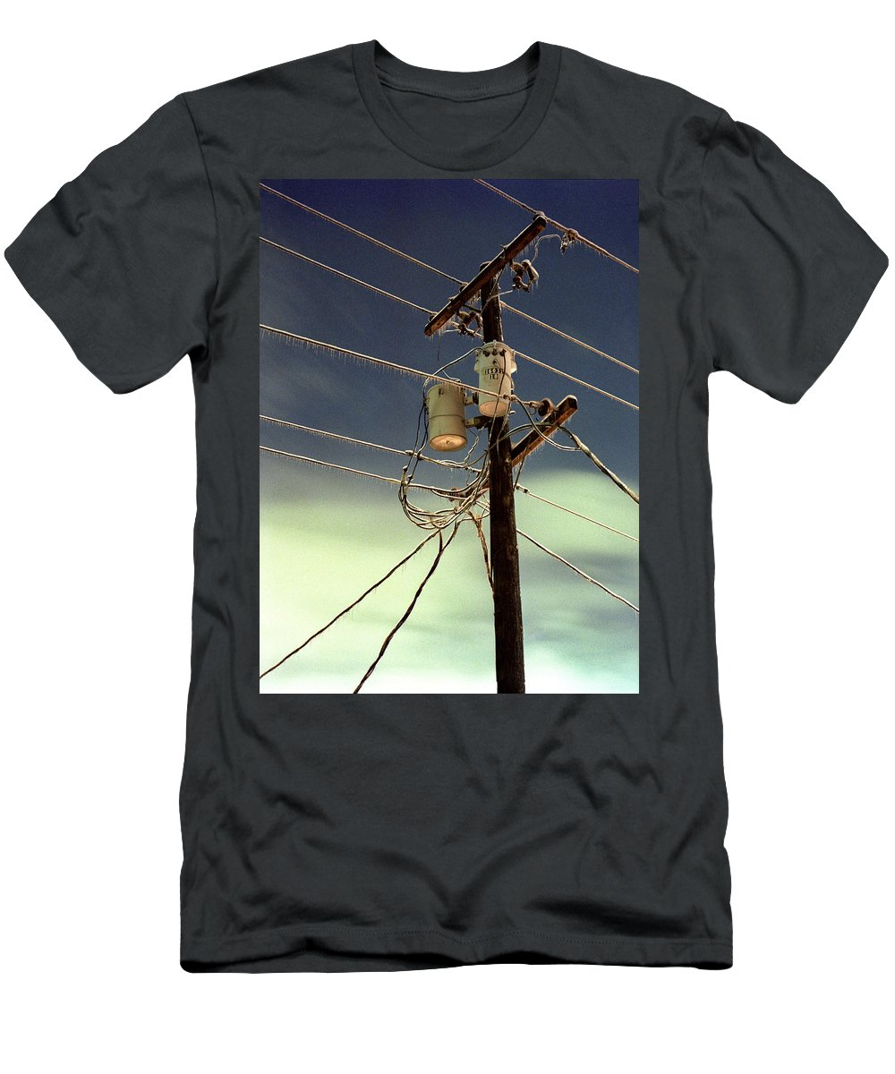 Portland Men's T-Shirt (Athletic Fit) featuring the photograph Ice Storm 2 by Lee Santa