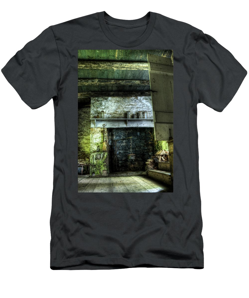 Farm Men's T-Shirt (Athletic Fit) featuring the photograph In The Springhouse by Scott Wyatt