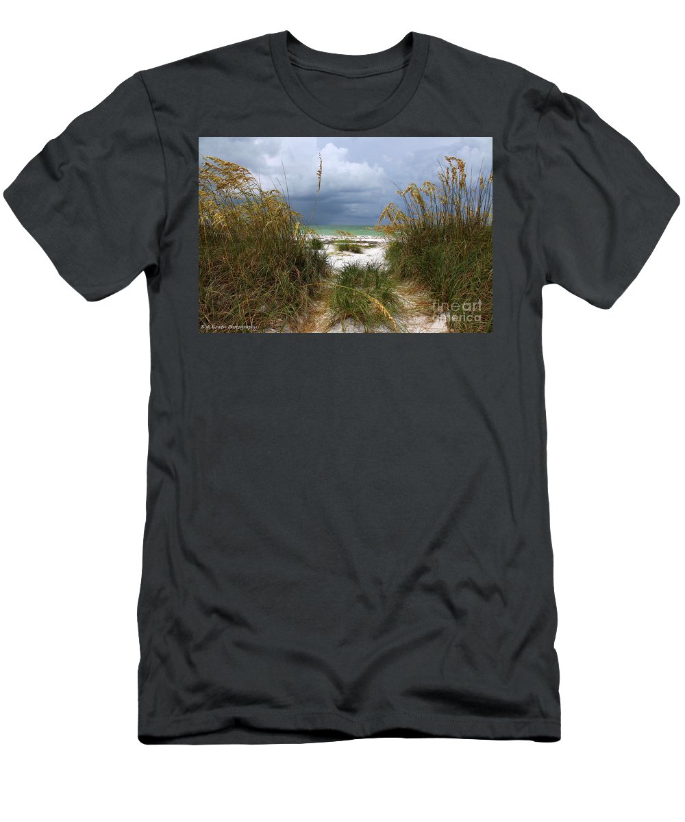 Beach Men's T-Shirt (Athletic Fit) featuring the photograph Island Trail Out To The Beach by Barbara Bowen