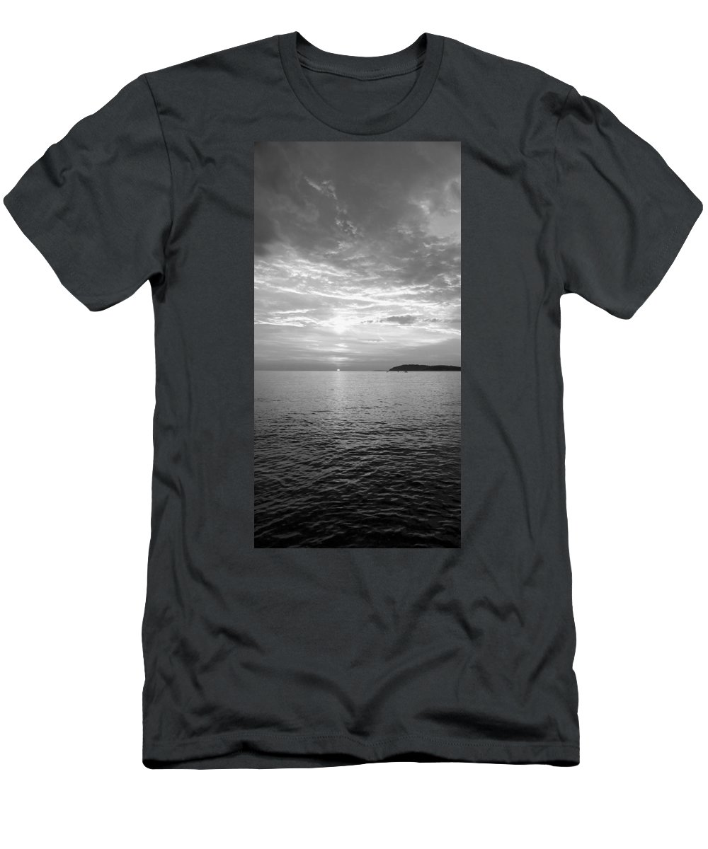 Sea Men's T-Shirt (Athletic Fit) featuring the photograph Istrian Peninsula by Ian Middleton