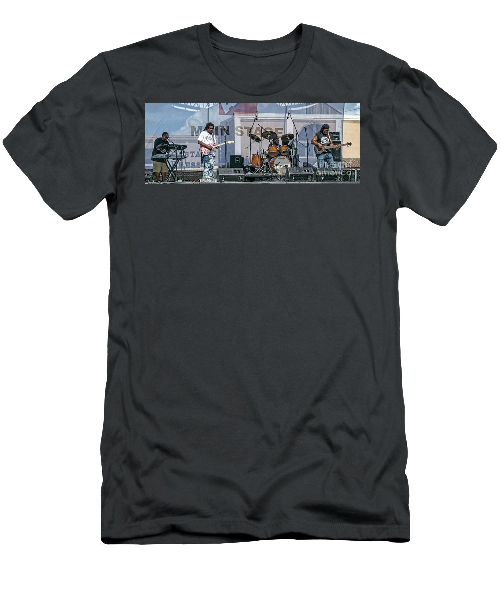 North Carolina Men's T-Shirt (Athletic Fit) featuring the photograph Jam Rock by Kelley Freel-Ebner