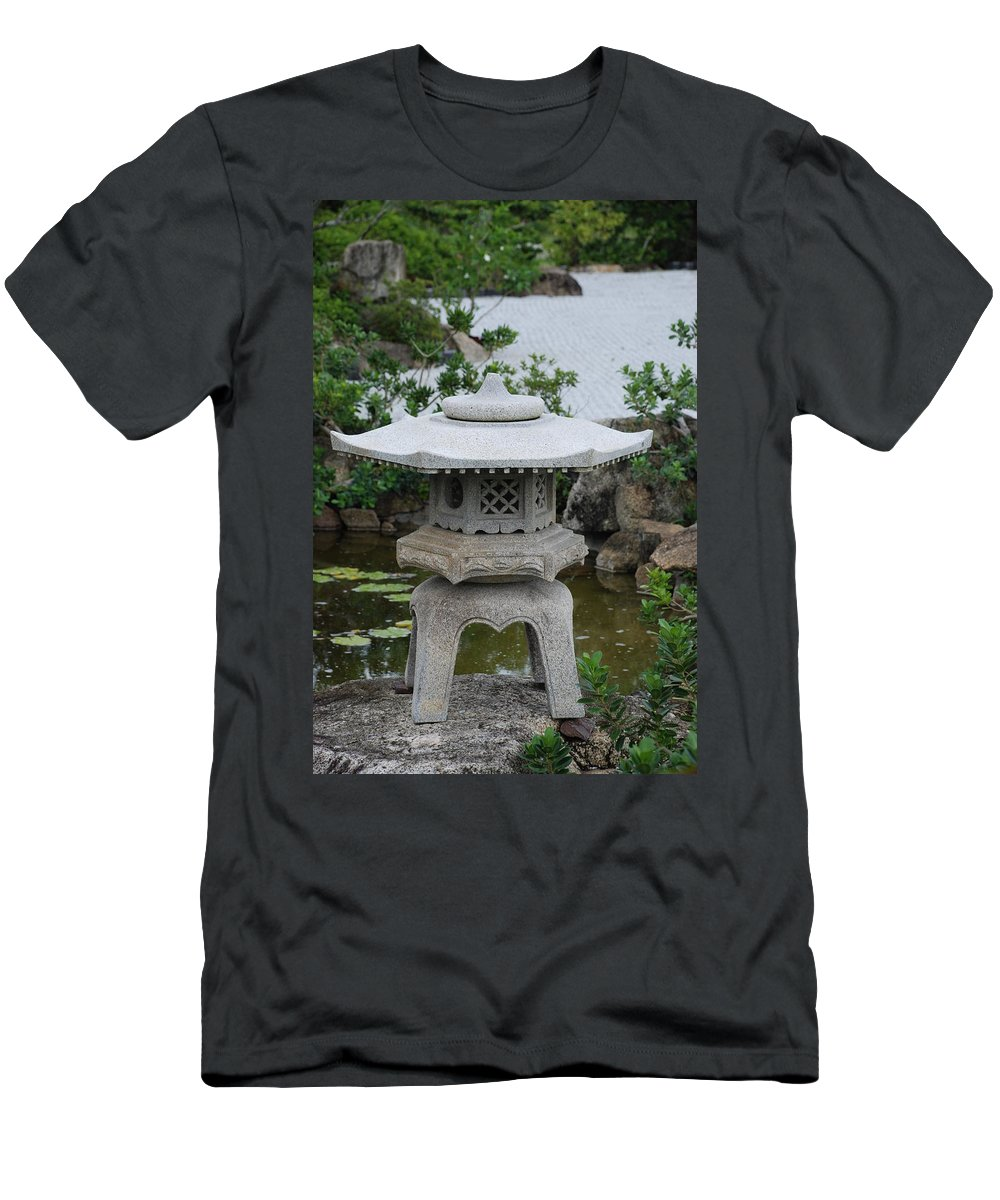 Rocks Men's T-Shirt (Athletic Fit) featuring the photograph Japanese Lantern by Rob Hans