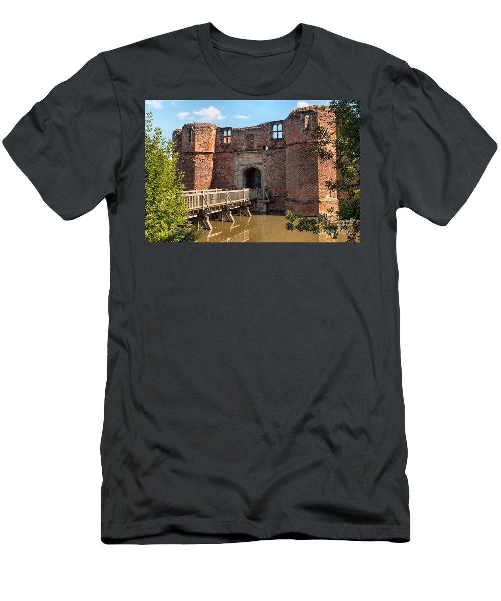 England - Castle - Kirkby Muxloe - Brick - Moat - Bridge - Gatehouse - Stone - Windows - Lake Men's T-Shirt (Athletic Fit) featuring the photograph Kirkby Muxloe Castle by Chris Horsnell