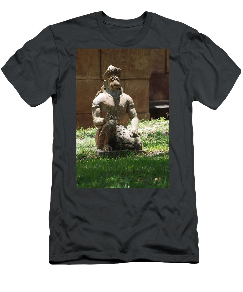 Animal Men's T-Shirt (Athletic Fit) featuring the photograph Kneeling Monkey by Rob Hans