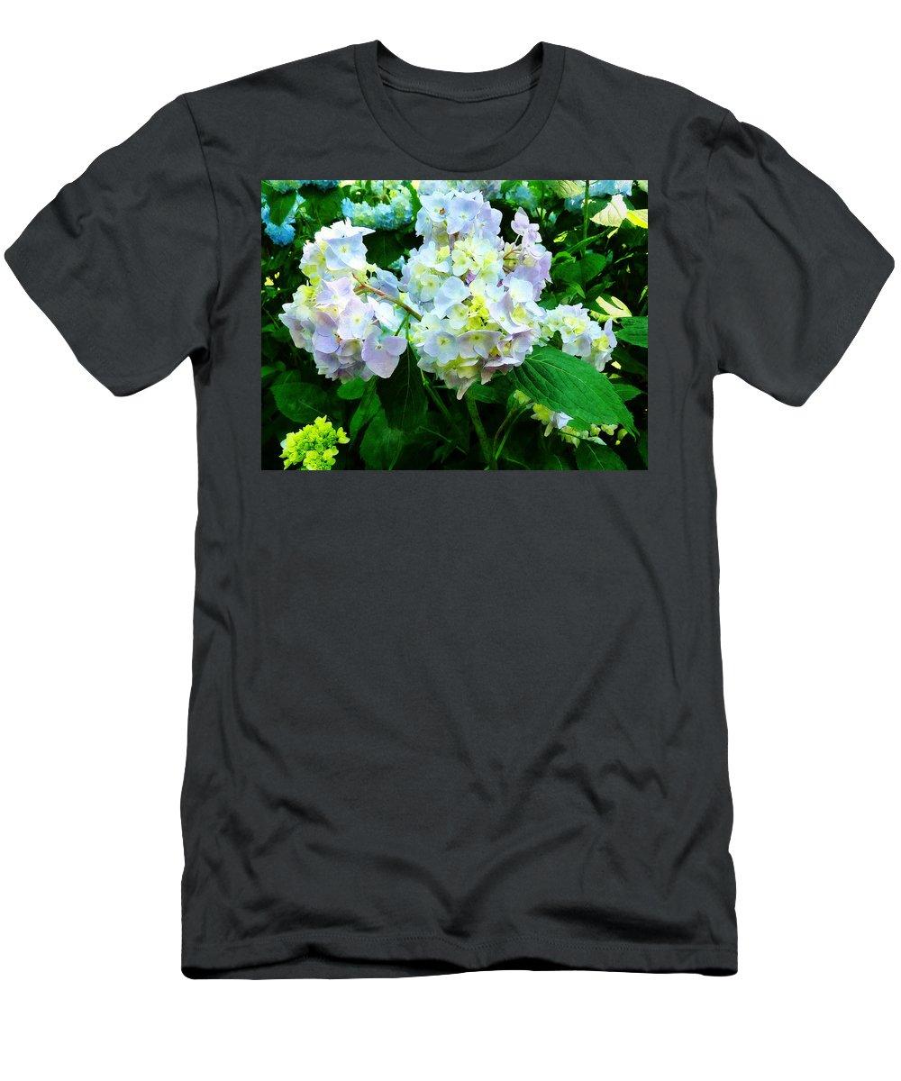 Garden Men's T-Shirt (Athletic Fit) featuring the photograph Lavender Hydrangea In Garden by Susan Savad