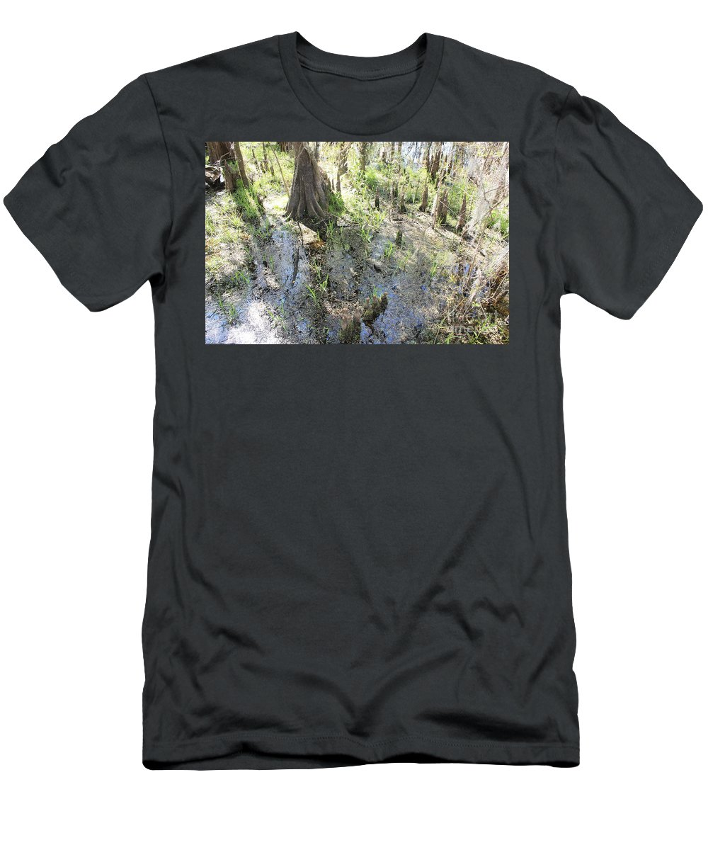 Lettuce Lake Men's T-Shirt (Athletic Fit) featuring the photograph Lettuce Lake Swampland by Carol Groenen