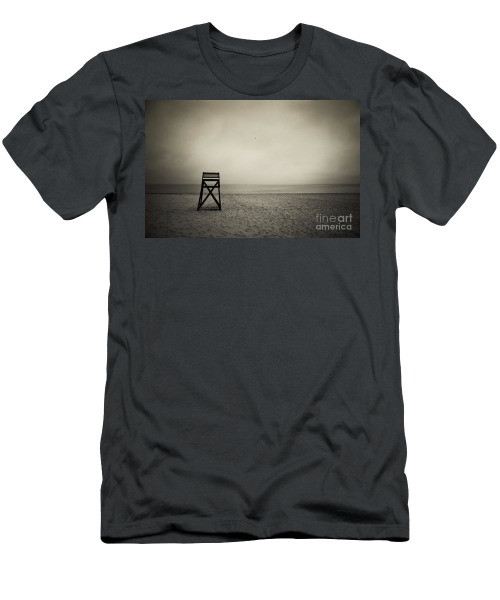 B&w Men's T-Shirt (Athletic Fit) featuring the photograph Lifeguard Stand by John Greim