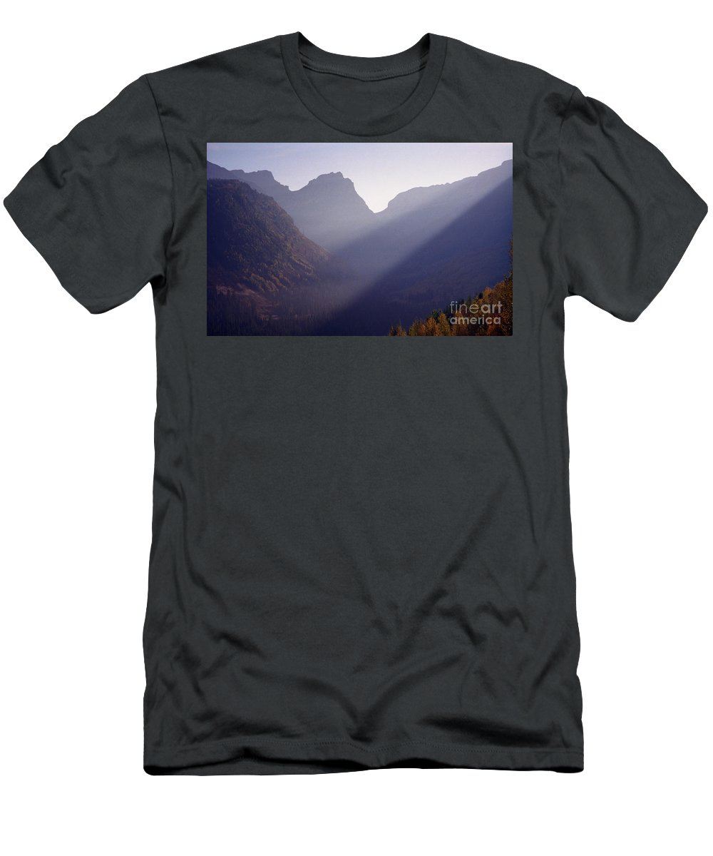 Mountains Men's T-Shirt (Athletic Fit) featuring the photograph Logan Pass by Richard Rizzo