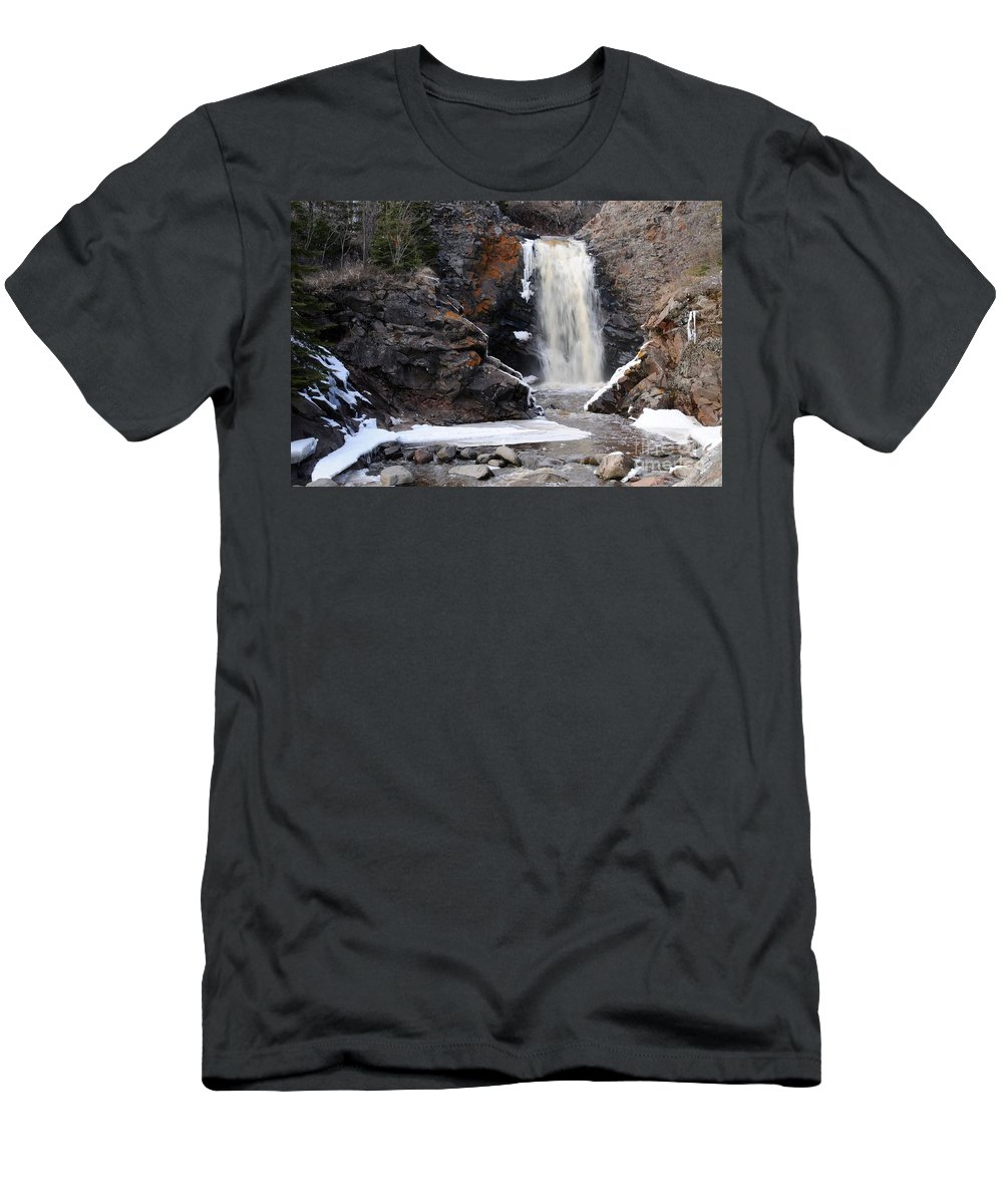 Waterfalls Men's T-Shirt (Athletic Fit) featuring the photograph Lower Falls On Fall River by Sandra Updyke