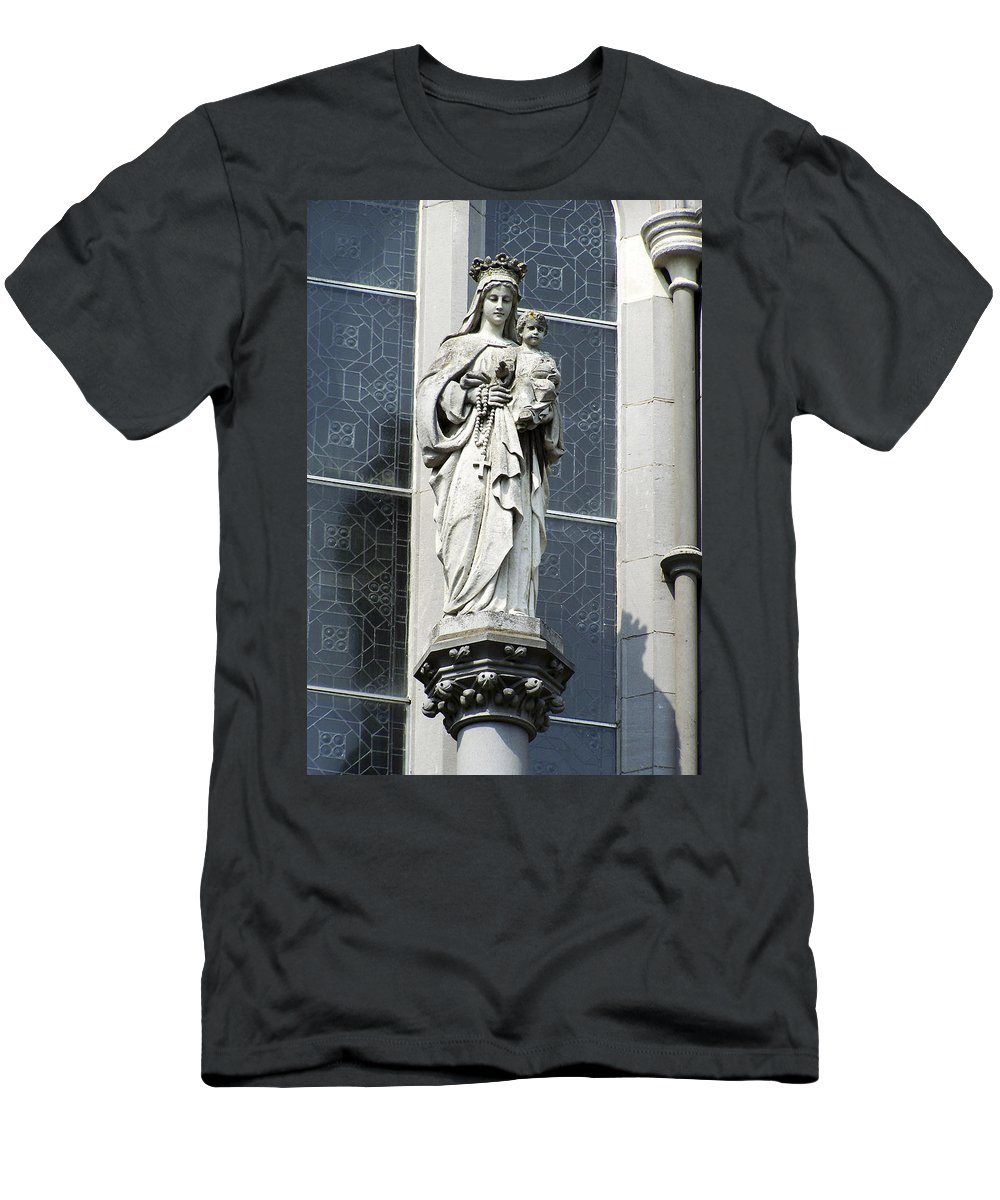 Ireland Men's T-Shirt (Athletic Fit) featuring the photograph Madonna And Child by Teresa Mucha